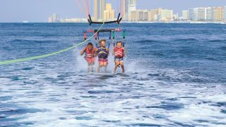 Alabama's beaches, parasailing