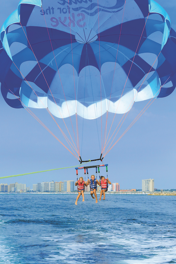 Parasailing in Gulf Shores and Orange Beach, Courtland William Richards